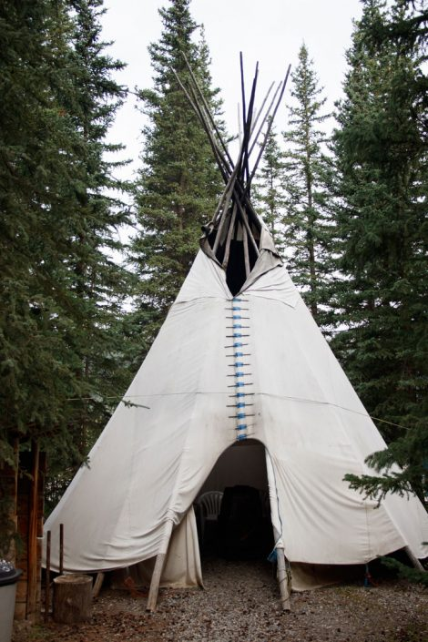 Sunset Guiding & Outfitting Teepee